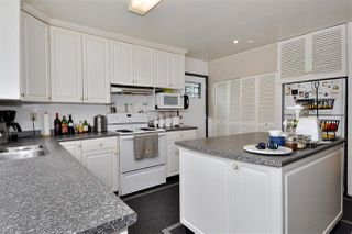 Photo 5: 1140 ALDERSIDE Road in Port Moody: North Shore Pt Moody House for sale : MLS®# R2427618