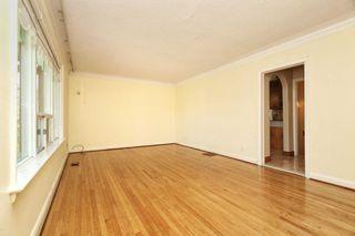 Photo 4: 233 Falstaff Avenue in Toronto: Maple Leaf House (Bungalow) for sale (Toronto W04)  : MLS®# W4815222