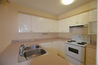 Photo 4: 211 400 Dupplin Rd in : SW Rudd Park Condo for sale (Saanich West)  : MLS®# 850778