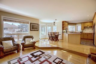 Photo 18: 84 Strathdale Close SW in Calgary: Strathcona Park Detached for sale : MLS®# A1046971
