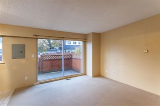 "Photo 2: 48 21555 DEWDNEY TRUNK Road in Maple Ridge: West Central Condo for sale in ""RICHMOND COURT"" : MLS®# R2517644"
