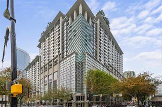 Photo 1: 1824 938 SMITHE Street in Vancouver: Downtown VW Condo for sale (Vancouver West)  : MLS®# R2517862