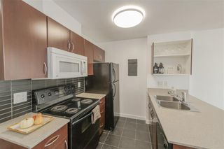 Photo 8: 1824 938 SMITHE Street in Vancouver: Downtown VW Condo for sale (Vancouver West)  : MLS®# R2517862