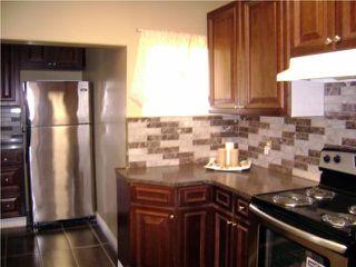 Photo 2:  in WINNIPEG: West End / Wolseley Residential for sale (West Winnipeg)  : MLS®# 2950842