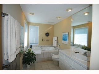 "Photo 9: 11511 TRUMPETER Drive in Richmond: Westwind House for sale in ""WESTWIND"" : MLS®# V814172"