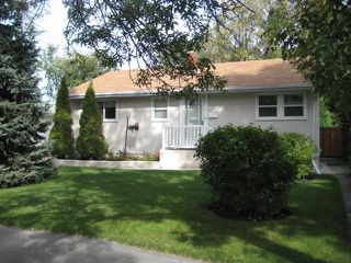 Photo 1: 311 WHYTEWOLD Road in WINNIPEG: St James Residential for sale (West Winnipeg)  : MLS®# 1017803