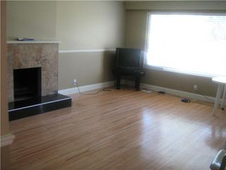 Photo 2: 7922 EDMONDS Street in Burnaby: East Burnaby House 1/2 Duplex for sale (Burnaby East)  : MLS®# V849659