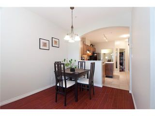 "Photo 3: 362 2175 SALAL Drive in Vancouver: Kitsilano Condo for sale in ""SAVONA"" (Vancouver West)  : MLS®# V853125"