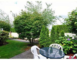 "Photo 10: 16 8737 212TH Street in Langley: Walnut Grove Townhouse for sale in ""CHARTWELL GREEN"" : MLS®# F2824690"