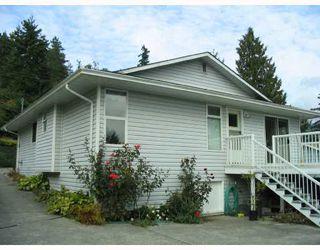 Photo 2: 5739 ANCHOR Road in Sechelt: Sechelt District House for sale (Sunshine Coast)  : MLS®# V735690
