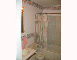 Photo 5: 5739 ANCHOR Road in Sechelt: Sechelt District House for sale (Sunshine Coast)  : MLS®# V735690