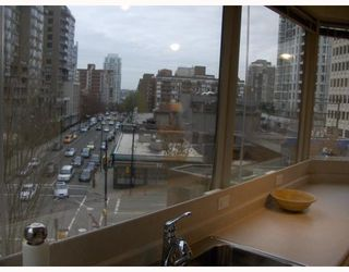 "Photo 8: 304 1177 HORNBY Street in Vancouver: Downtown VW Condo for sale in ""London Place"" (Vancouver West)  : MLS®# V762388"