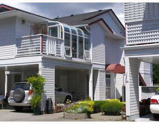 """Main Photo: 37 696 TRUEMAN Road in Gibsons: Gibsons & Area Townhouse for sale in """"MARINA PLACE"""" (Sunshine Coast)  : MLS®# V770986"""