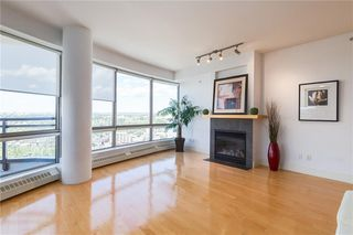 Photo 9: 2504 1078 6 Avenue SW in Calgary: Downtown West End Apartment for sale : MLS®# C4264239