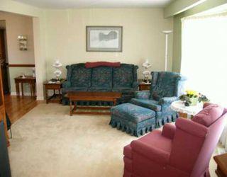 Photo 3: 286 ALDINE Street in WINNIPEG: St James Residential for sale (West Winnipeg)  : MLS®# 2705382