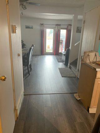 Photo 4: 4711 35 Avenue in Edmonton: Zone 29 Townhouse for sale : MLS®# E4180294