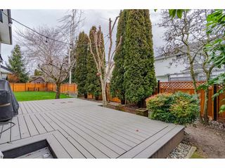 "Photo 19: 18677 61A Avenue in Surrey: Cloverdale BC House for sale in ""EAGLECREST"" (Cloverdale)  : MLS®# R2426392"
