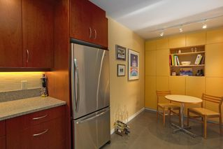 Photo 6: 1 220 E KEITH Road in North Vancouver: Central Lonsdale Townhouse for sale : MLS®# R2439322