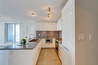 """Photo 3: 1707 6658 DOW Avenue in Burnaby: Metrotown Condo for sale in """"Moda by Polygon"""" (Burnaby South)  : MLS®# R2463781"""