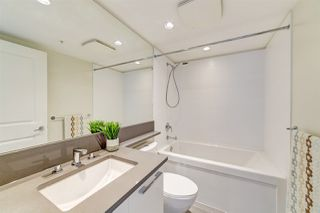 """Photo 12: 1707 6658 DOW Avenue in Burnaby: Metrotown Condo for sale in """"Moda by Polygon"""" (Burnaby South)  : MLS®# R2463781"""