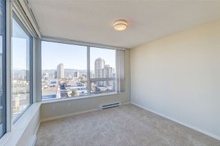 """Photo 7: 1707 6658 DOW Avenue in Burnaby: Metrotown Condo for sale in """"Moda by Polygon"""" (Burnaby South)  : MLS®# R2463781"""