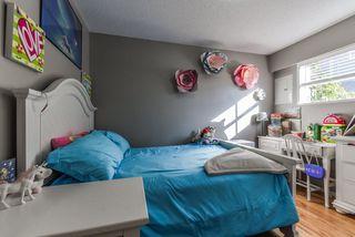 Photo 11: 3220 CEDAR Drive in Port Coquitlam: Lincoln Park PQ 1/2 Duplex for sale : MLS®# R2466231