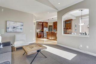 Photo 11: 9339 14 Avenue SW in Calgary: Aspen Woods Detached for sale : MLS®# A1014115