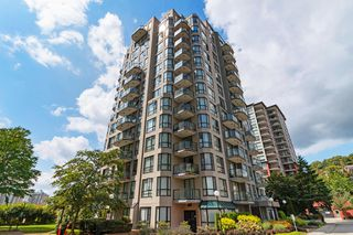 "Main Photo: 602 838 AGNES Street in New Westminster: Downtown NW Condo for sale in ""WESTMINSTER TOWERS"" : MLS®# R2487601"