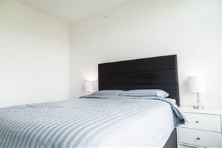 Photo 12: 2501 3080 LINCOLN Avenue in Coquitlam: North Coquitlam Condo for sale : MLS®# R2488963