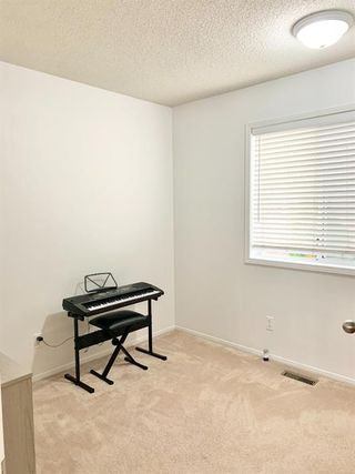 Photo 18: 24 RIVERCREST Close SE in Calgary: Riverbend Detached for sale : MLS®# A1035523