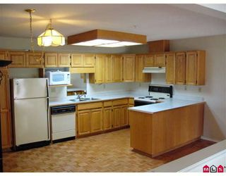 """Photo 3: 307 2451 GLADWIN Road in Abbotsford: Abbotsford West Condo for sale in """"CENTENNIAL COURT"""" : MLS®# F2828490"""