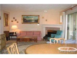 Photo 2:  in VICTORIA: Vi Downtown Condo Apartment for sale (Victoria)  : MLS®# 382578