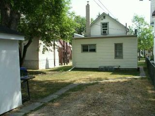 Photo 6: 537 LANGEVIN Street in WINNIPEG: St Boniface Duplex for sale (South East Winnipeg)  : MLS®# 2612718