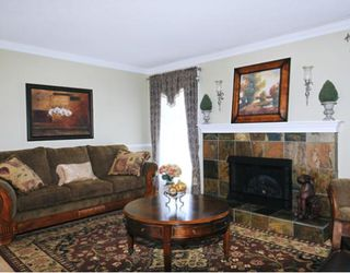 Photo 2: 22715 124TH Avenue in Maple_Ridge: East Central House for sale (Maple Ridge)  : MLS®# V763586