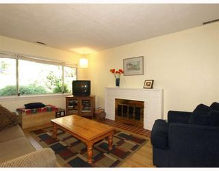 Photo 2: 1917 TATLOW Avenue in North_Vancouver: Pemberton NV House for sale (North Vancouver)  : MLS®# V764003