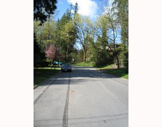 Photo 6: 1917 TATLOW Avenue in North_Vancouver: Pemberton NV House for sale (North Vancouver)  : MLS®# V764003