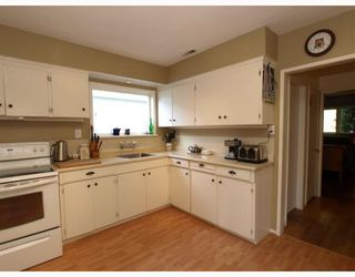 Photo 4: 1917 TATLOW Avenue in North_Vancouver: Pemberton NV House for sale (North Vancouver)  : MLS®# V764003