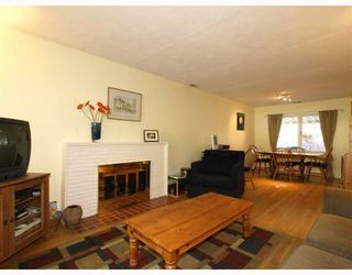 Photo 3: 1917 TATLOW Avenue in North_Vancouver: Pemberton NV House for sale (North Vancouver)  : MLS®# V764003
