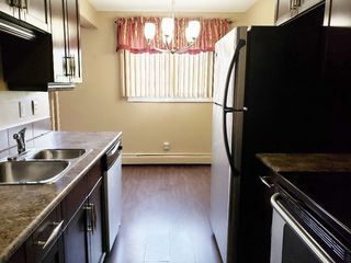 Photo 1: 205 9116 106 Avenue in Edmonton: Zone 13 Condo for sale : MLS®# E4166309