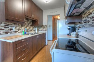 Photo 3: 129 1680 Poplar Avenue in VICTORIA: SE Mt Tolmie Condo Apartment for sale (Saanich East)  : MLS®# 415589