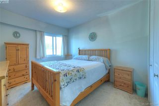 Photo 9: 129 1680 Poplar Avenue in VICTORIA: SE Mt Tolmie Condo Apartment for sale (Saanich East)  : MLS®# 415589