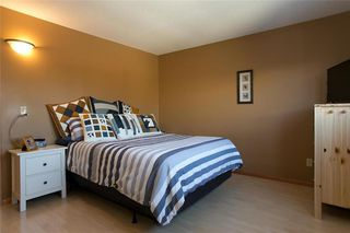 Photo 7: 148 Malmsbury Avenue in Winnipeg: Residential for sale (2F)  : MLS®# 1931753