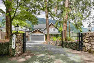 Photo 1: 4696 EASTRIDGE Road in North Vancouver: Deep Cove House for sale : MLS®# R2467614