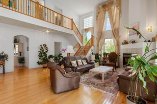 Photo 6: 929 HEACOCK Road in Edmonton: Zone 14 House for sale : MLS®# E4203639