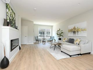 Photo 2: 902 3351 Luxton Rd in : La Happy Valley Row/Townhouse for sale (Langford)  : MLS®# 852225
