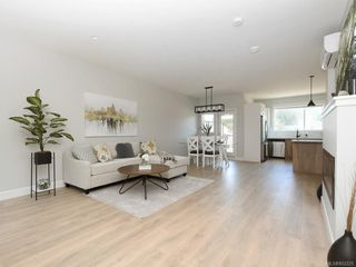 Photo 4: 902 3351 Luxton Rd in : La Happy Valley Row/Townhouse for sale (Langford)  : MLS®# 852225