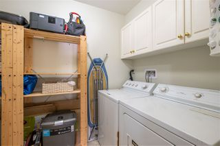 """Photo 16: 211 33728 KING Road in Abbotsford: Central Abbotsford Condo for sale in """"College Park Place"""" : MLS®# R2486380"""