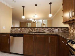 Photo 13: 209 537 Heatherdale Lane in : SW Royal Oak Condo for sale (Saanich West)  : MLS®# 851834