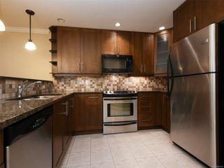 Photo 10: 209 537 Heatherdale Lane in : SW Royal Oak Condo for sale (Saanich West)  : MLS®# 851834