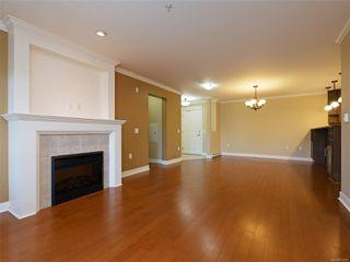 Photo 6: 209 537 Heatherdale Lane in : SW Royal Oak Condo for sale (Saanich West)  : MLS®# 851834